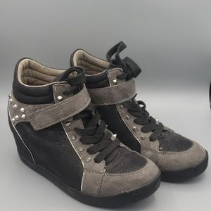 G by GUESS Wedge Sneakers Size 6M with Spikes